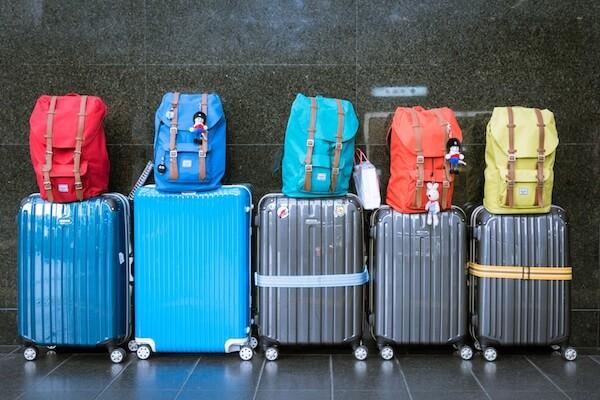 Qué llevar en la maleta de mano y sus mochilas